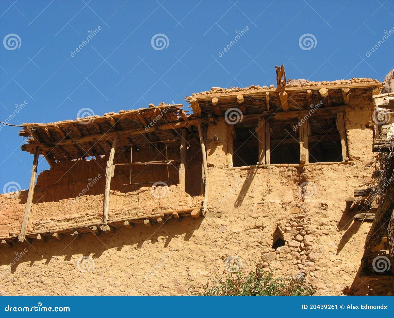 Oud egyptisch huis stock afbeelding afbeelding bestaande uit hout 20439261 - Verlenging hout oud huis ...