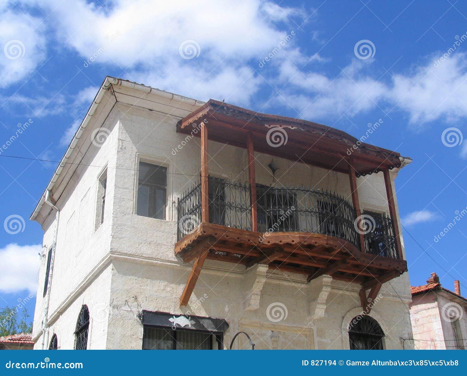 Oud grieks huis stock afbeeldingen afbeelding 827194 - Oud huis ...