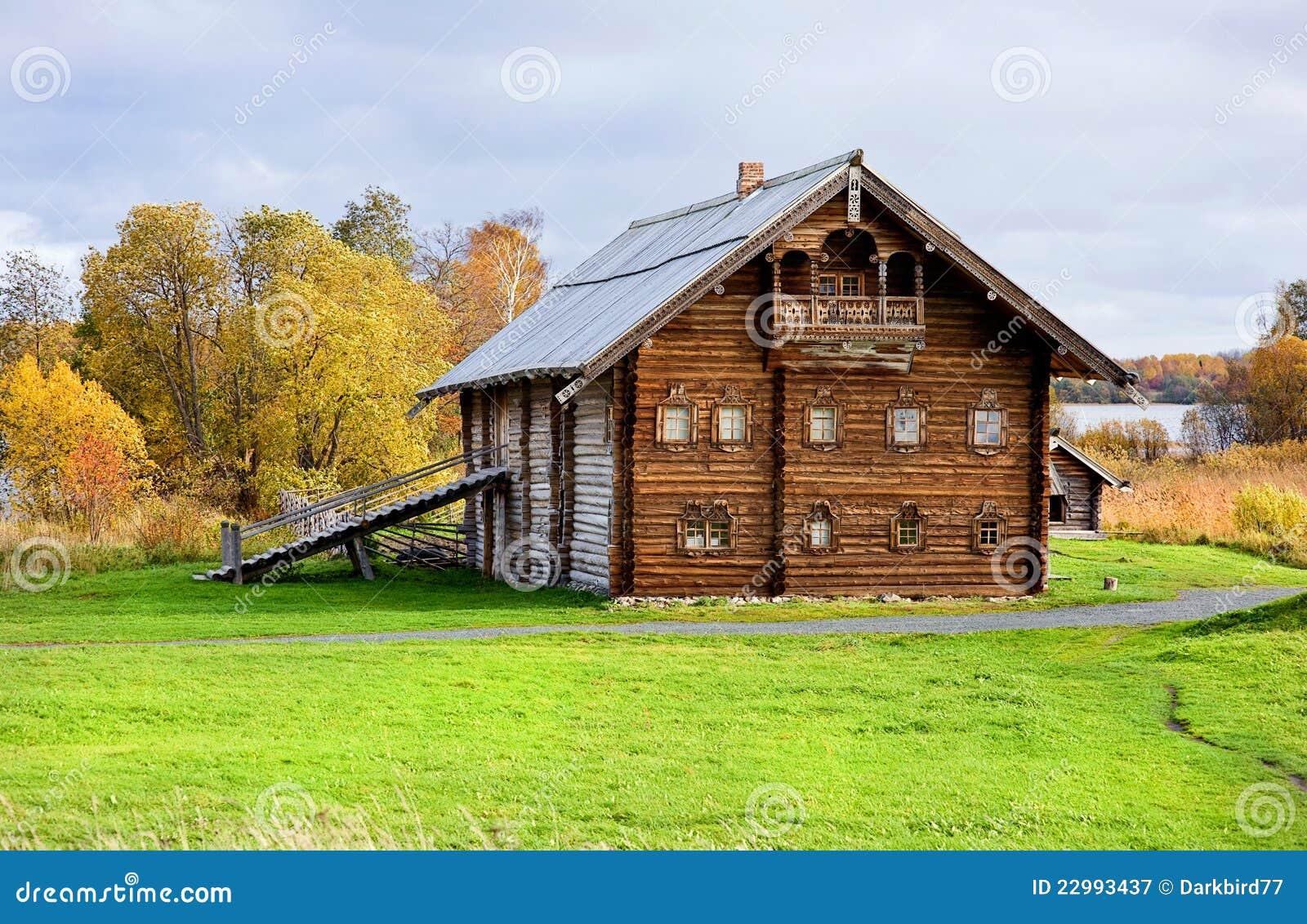 Oud houten huis royalty vrije stock fotografie afbeelding 22993437 - Oud huis ...
