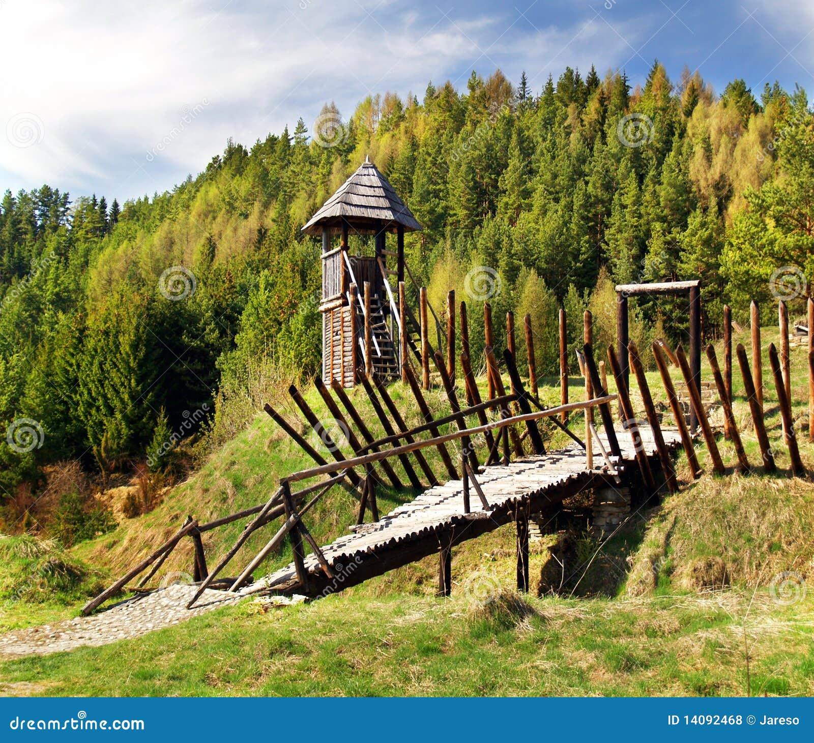 Oud houten vestingwerk