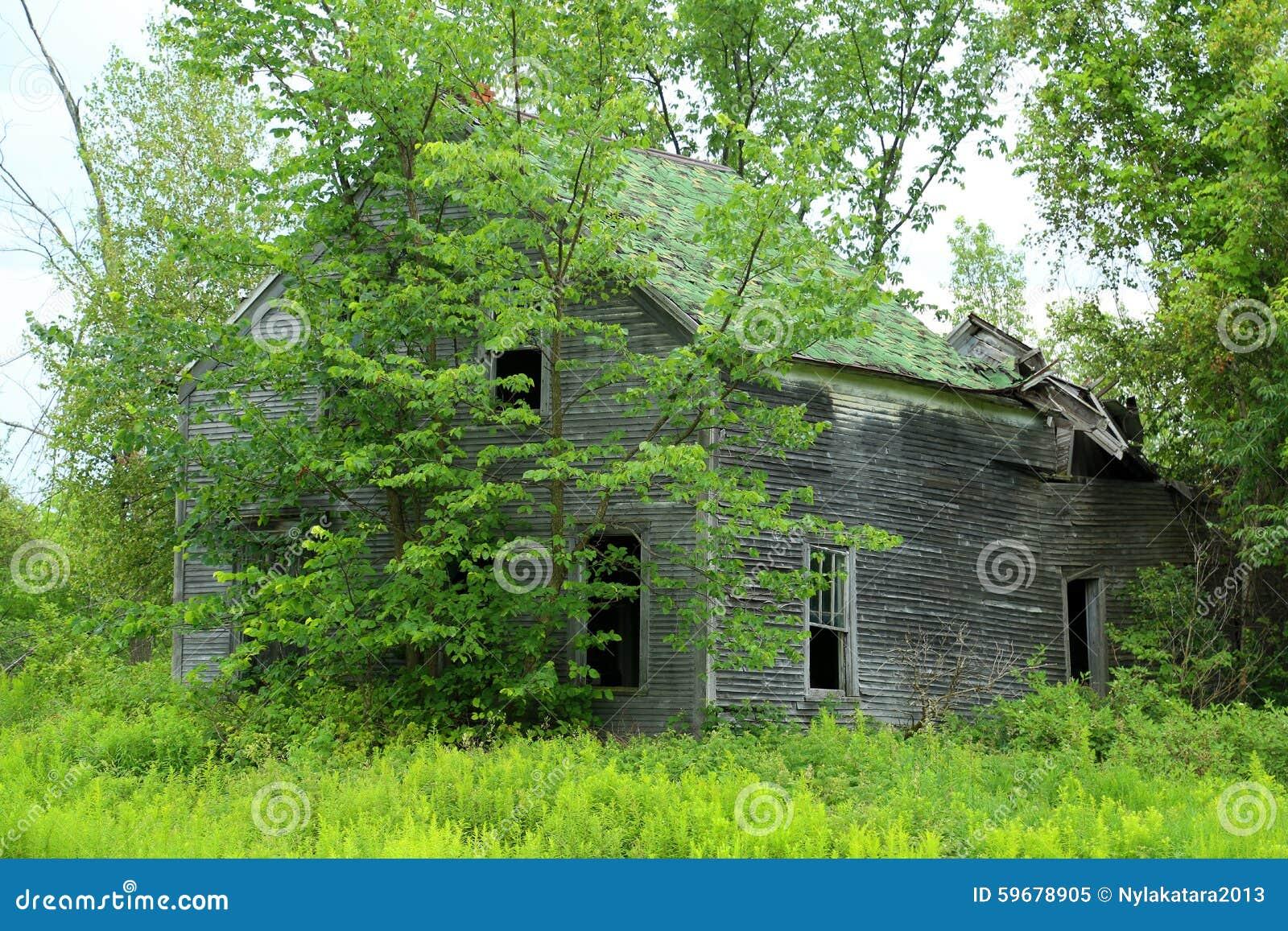 Oud huis stock afbeelding afbeelding bestaande uit gapend 59678905 - Lay outs oud huis ...