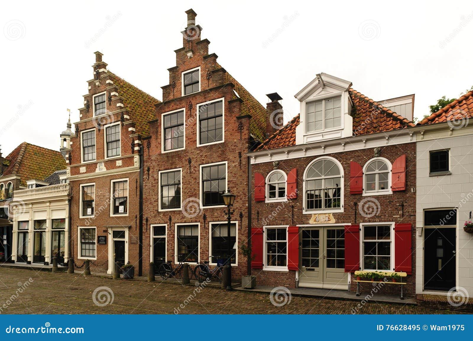 oud huis in nederland stock afbeelding afbeelding bestaande uit achtergrond 76628495