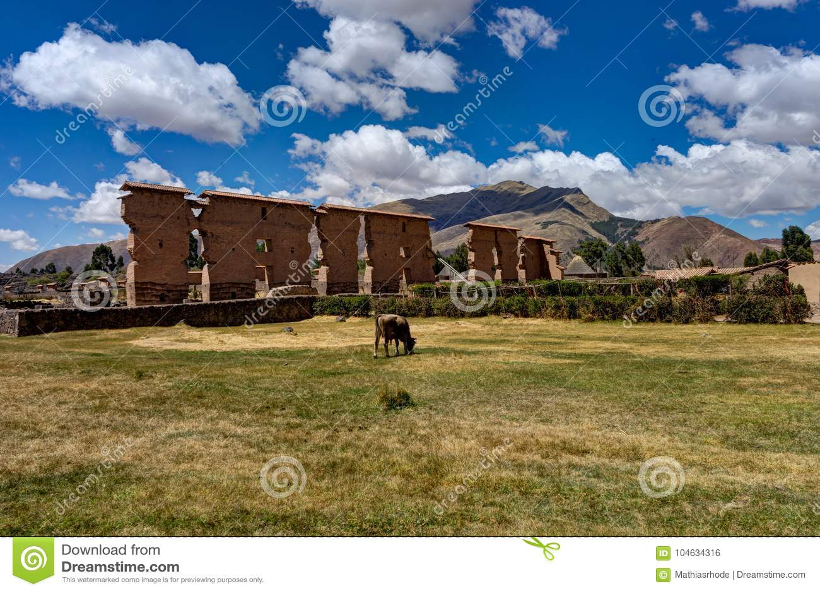 Download Oud Inca Ruins In De Andes Anconcagua Peru Stock Foto - Afbeelding bestaande uit berg, boom: 104634316