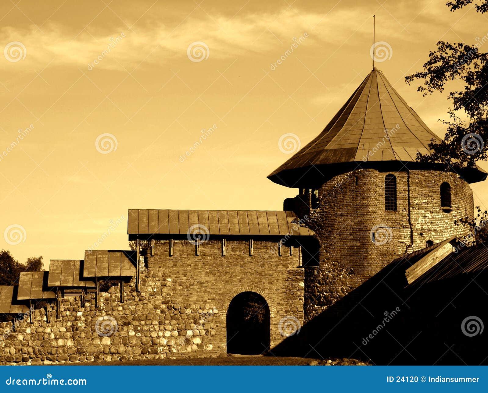 Oud kasteel III
