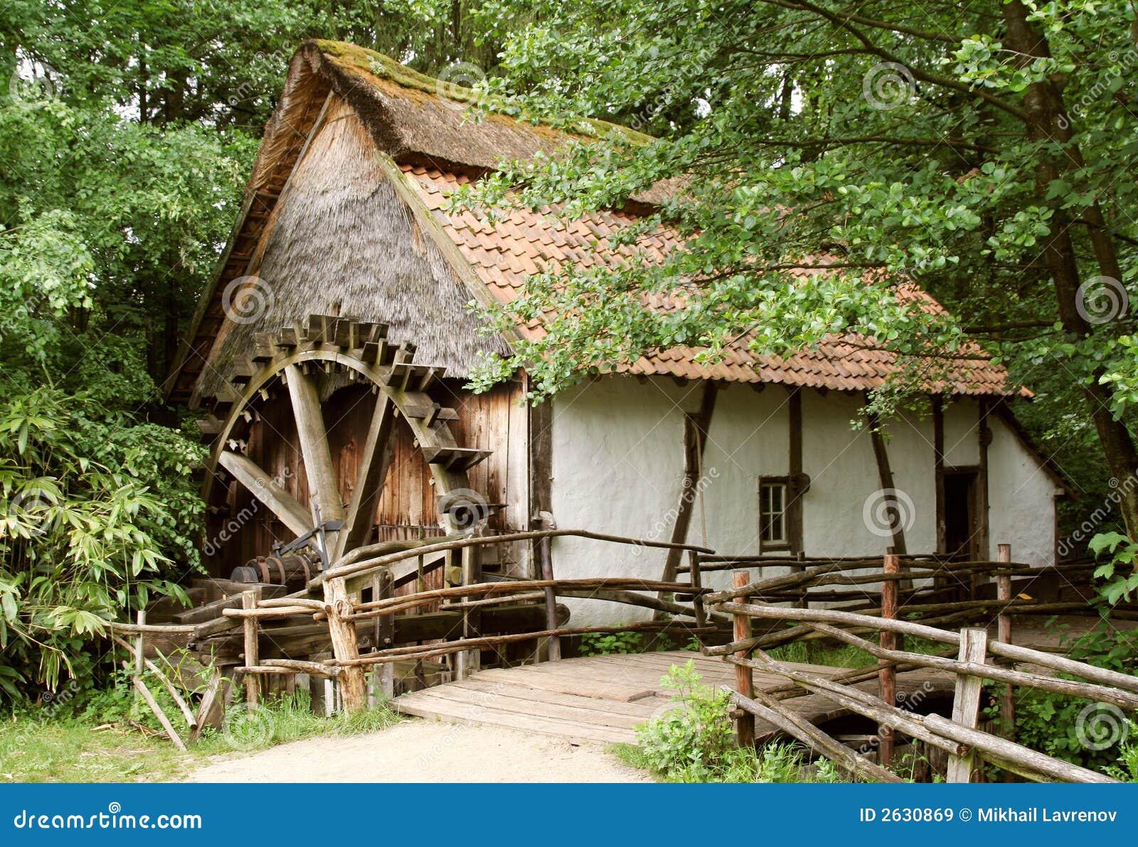 Oud-manier watermill