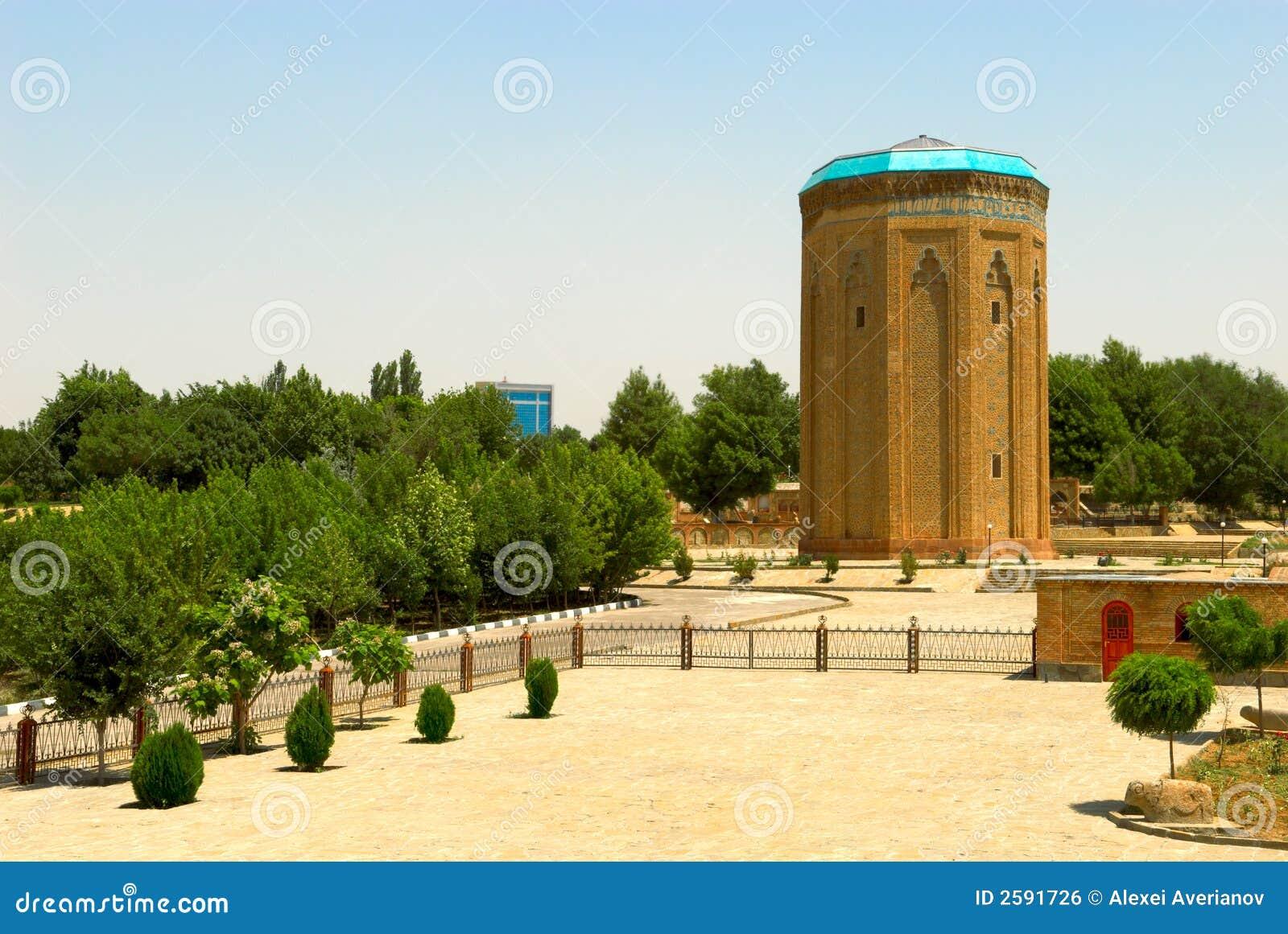 Oud oriënteer toren
