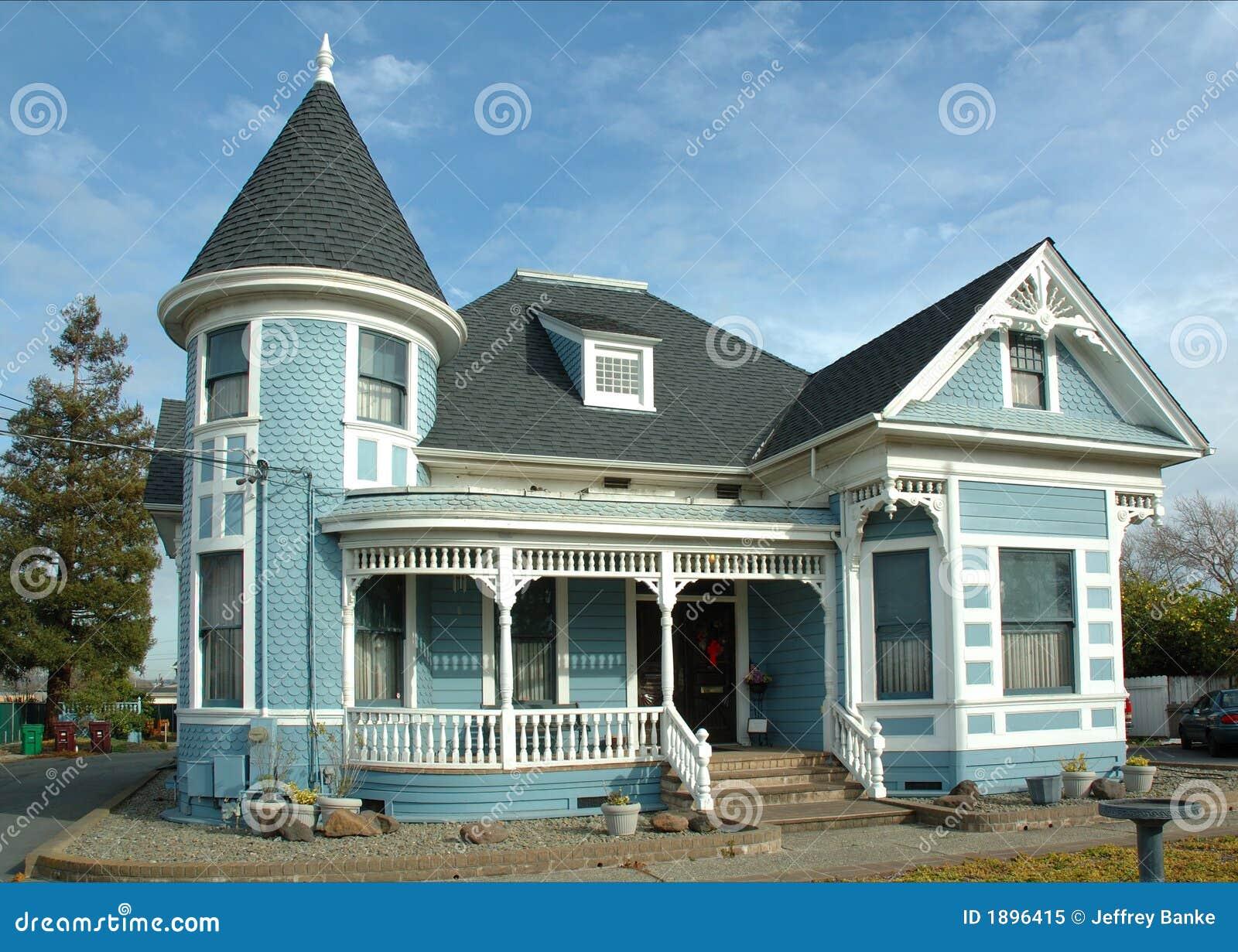 Oud victoriaans huis stock afbeelding afbeelding bestaande uit kegel 1896415 - Foto huis in l ...