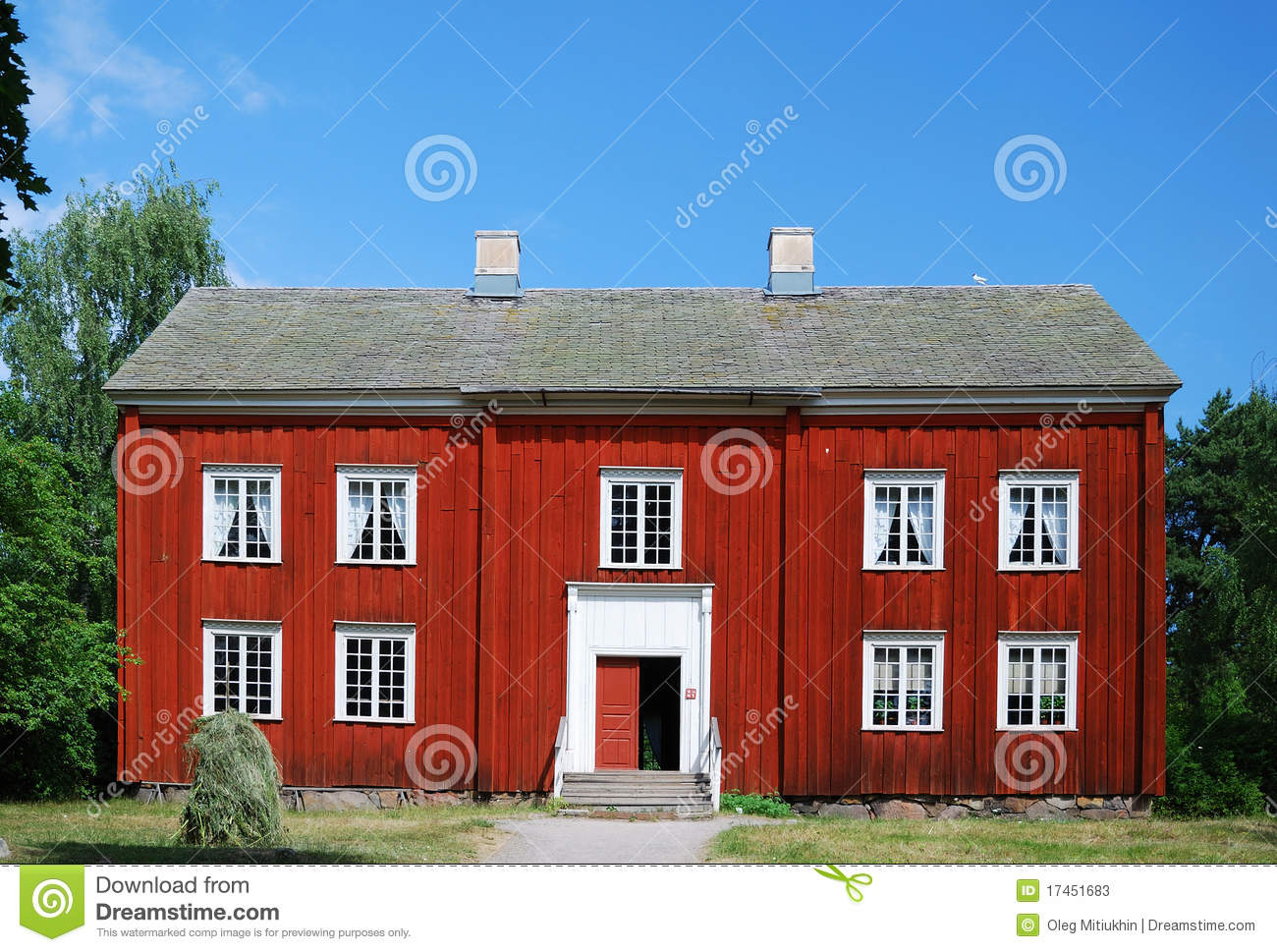 Oud zweeds huis in scansen stock foto 39 s afbeelding 17451683 - Lay outs oud huis ...