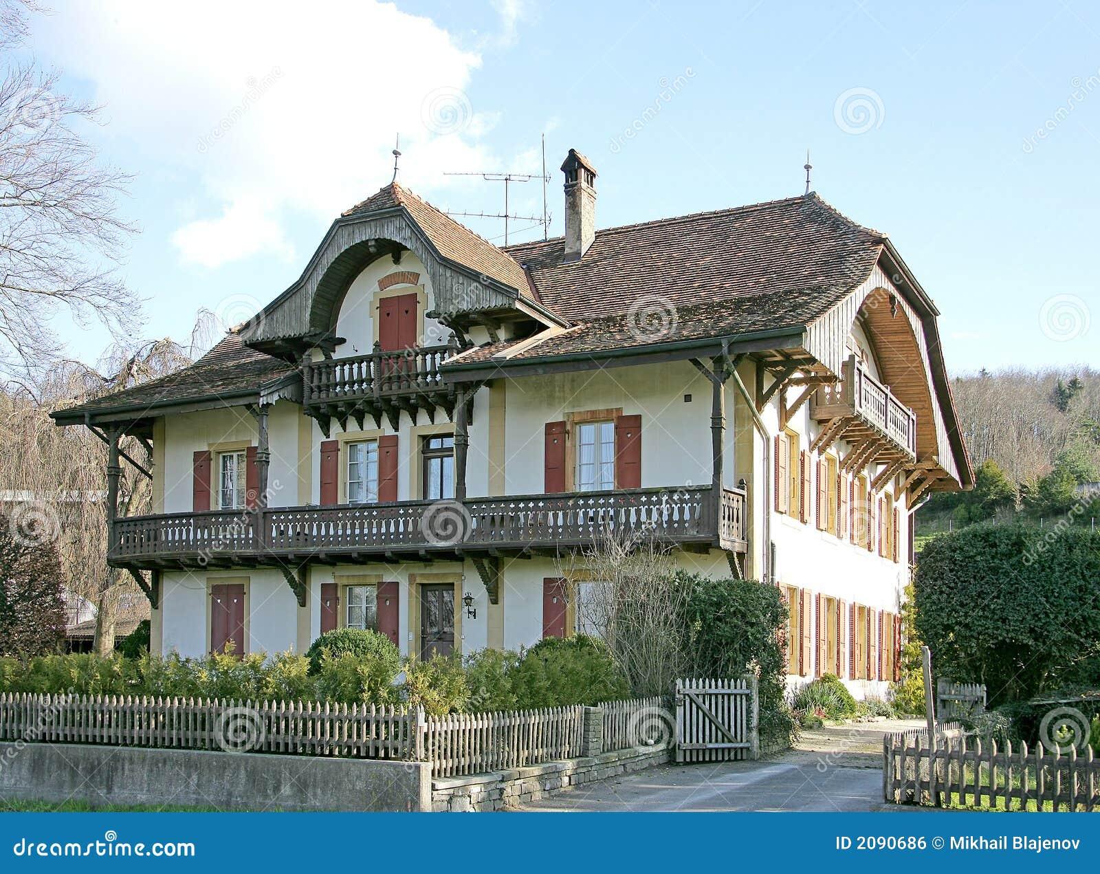Oud zwitsers huis 13 royalty vrije stock afbeelding afbeelding 2090686 - Oud huis ...