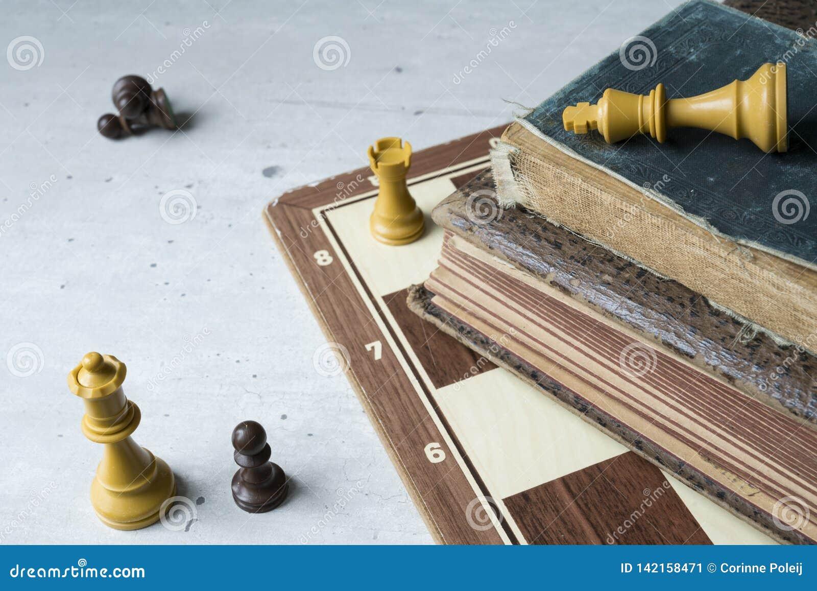 Oude boeken met schaakraad