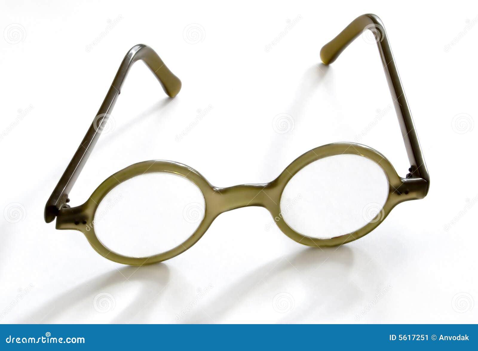 e9986b2bed9680 Oude bril stock afbeelding. Afbeelding bestaande uit visie - 5617251