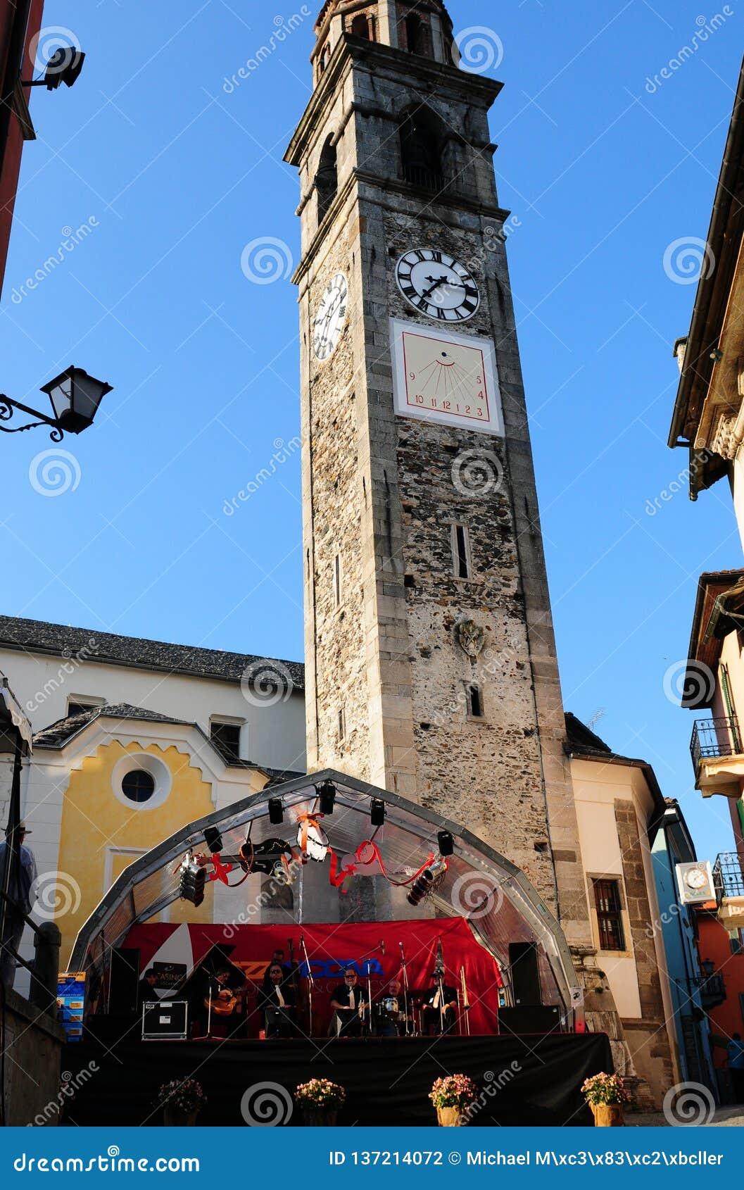 Oude de kerktoren van Ascona waar Jazz Festival plaatsvindt