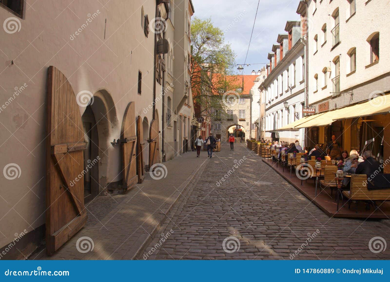 Oude de stadsstraat van Riga Architectuur in Riga letland