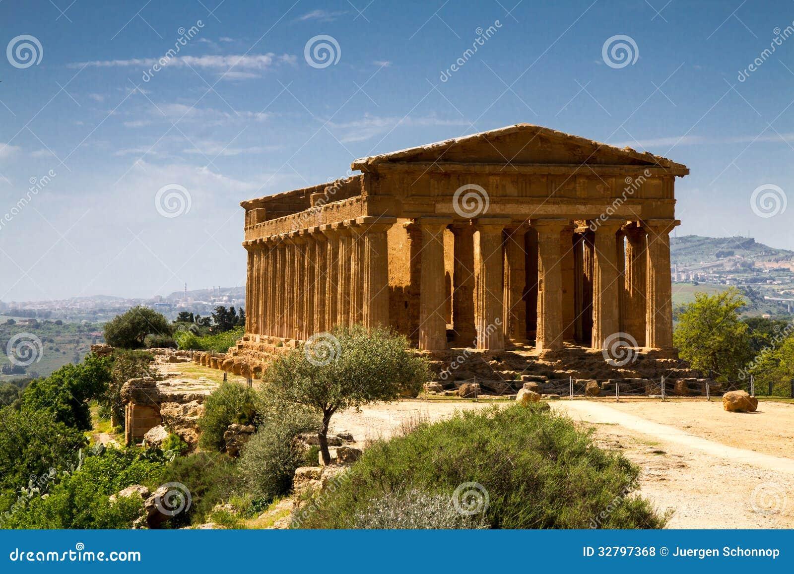 Oude griekse tempel van concordia royalty vrije stock foto 39 s afbeelding 32797368 - Oude griekse decoratie ...