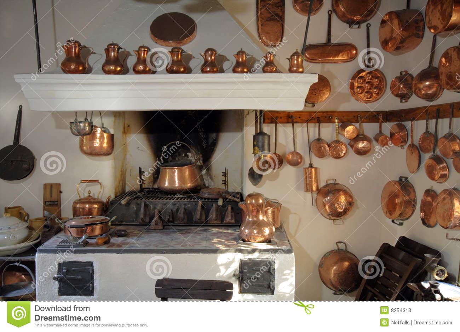 Oude keuken stock foto 39 s afbeelding 8254313 - Deco keuken oud land ...