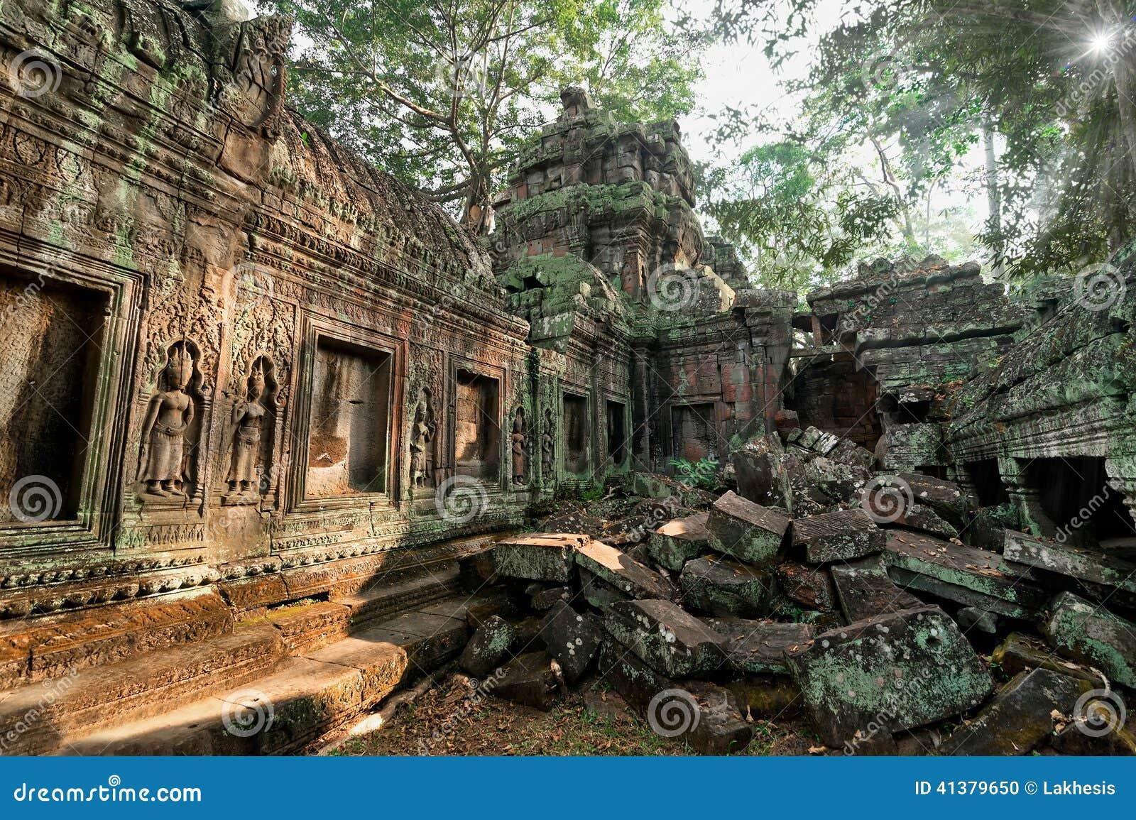 Oude Khmer architectuur De tempel van Ta Prohm in Angkor, Siem oogst, Kambodja