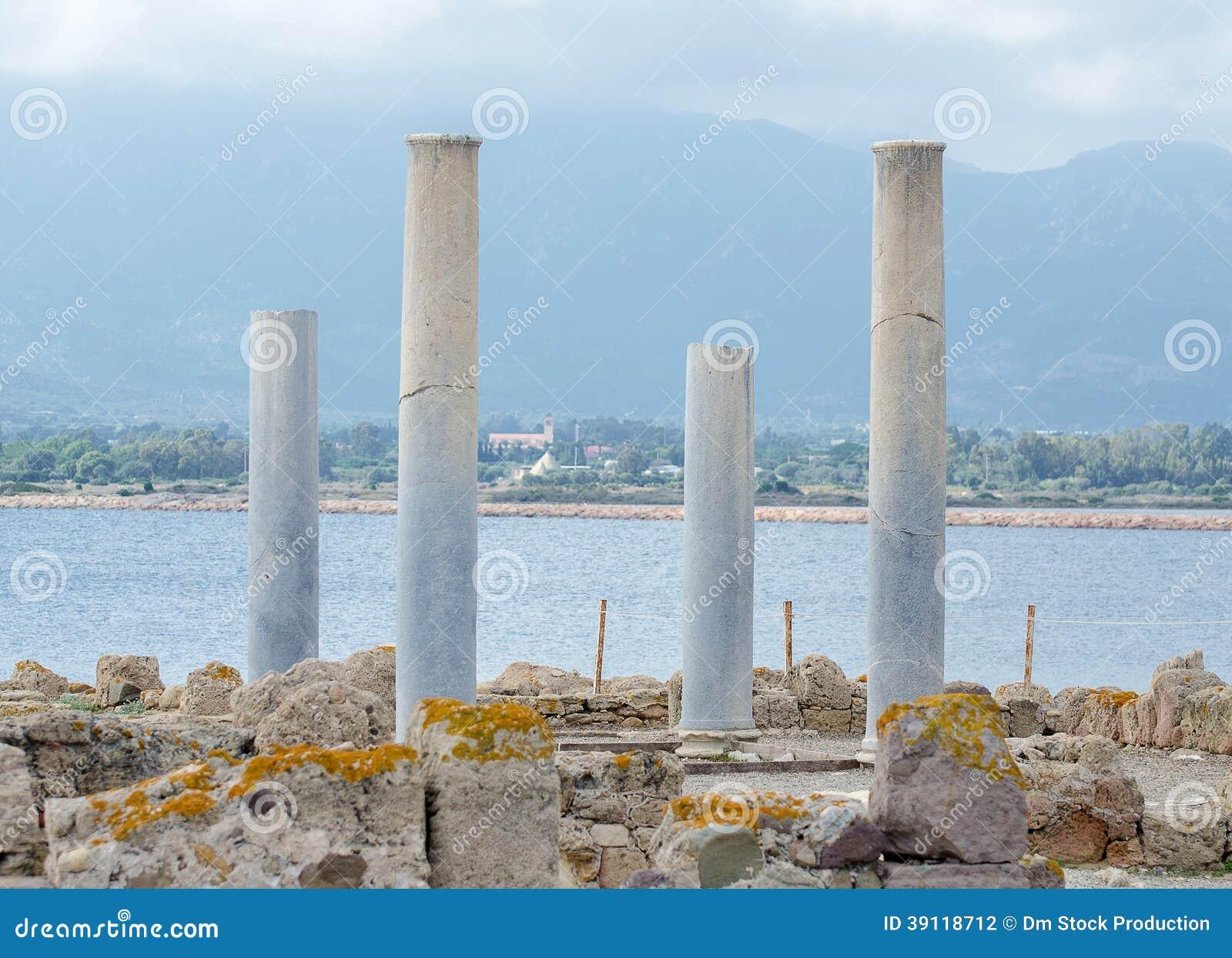 Oude kolommen.
