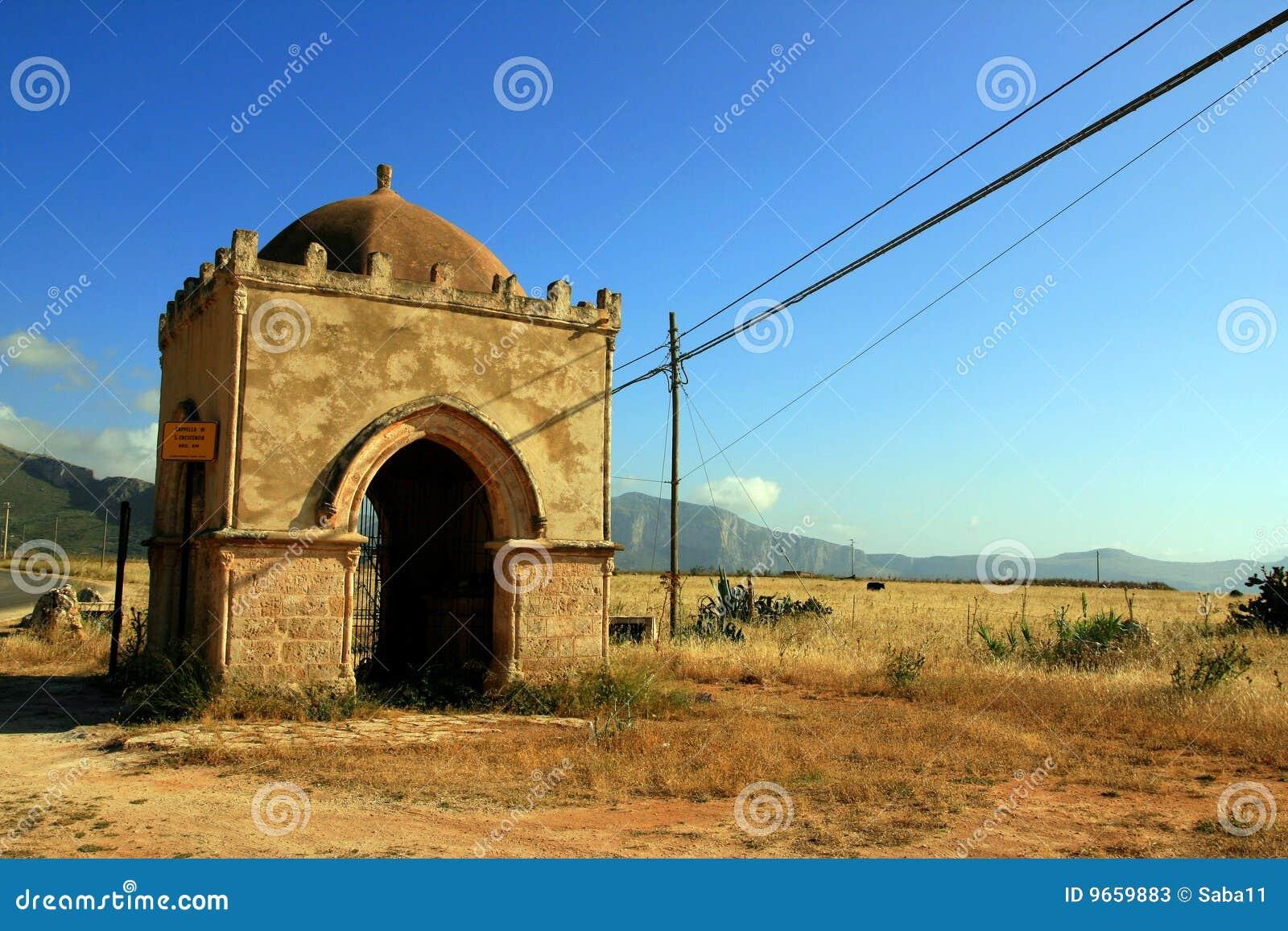 Oude landkapel in Sicilië. Italië