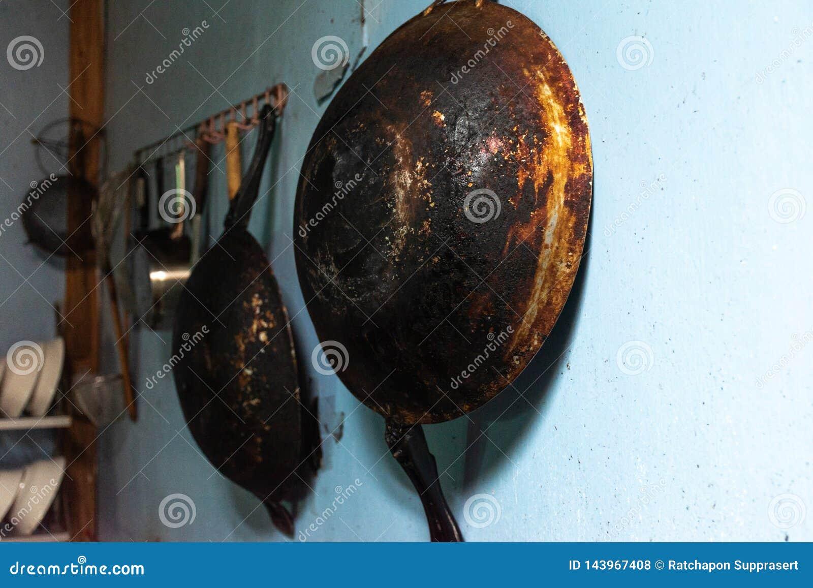Oude pan in de keuken