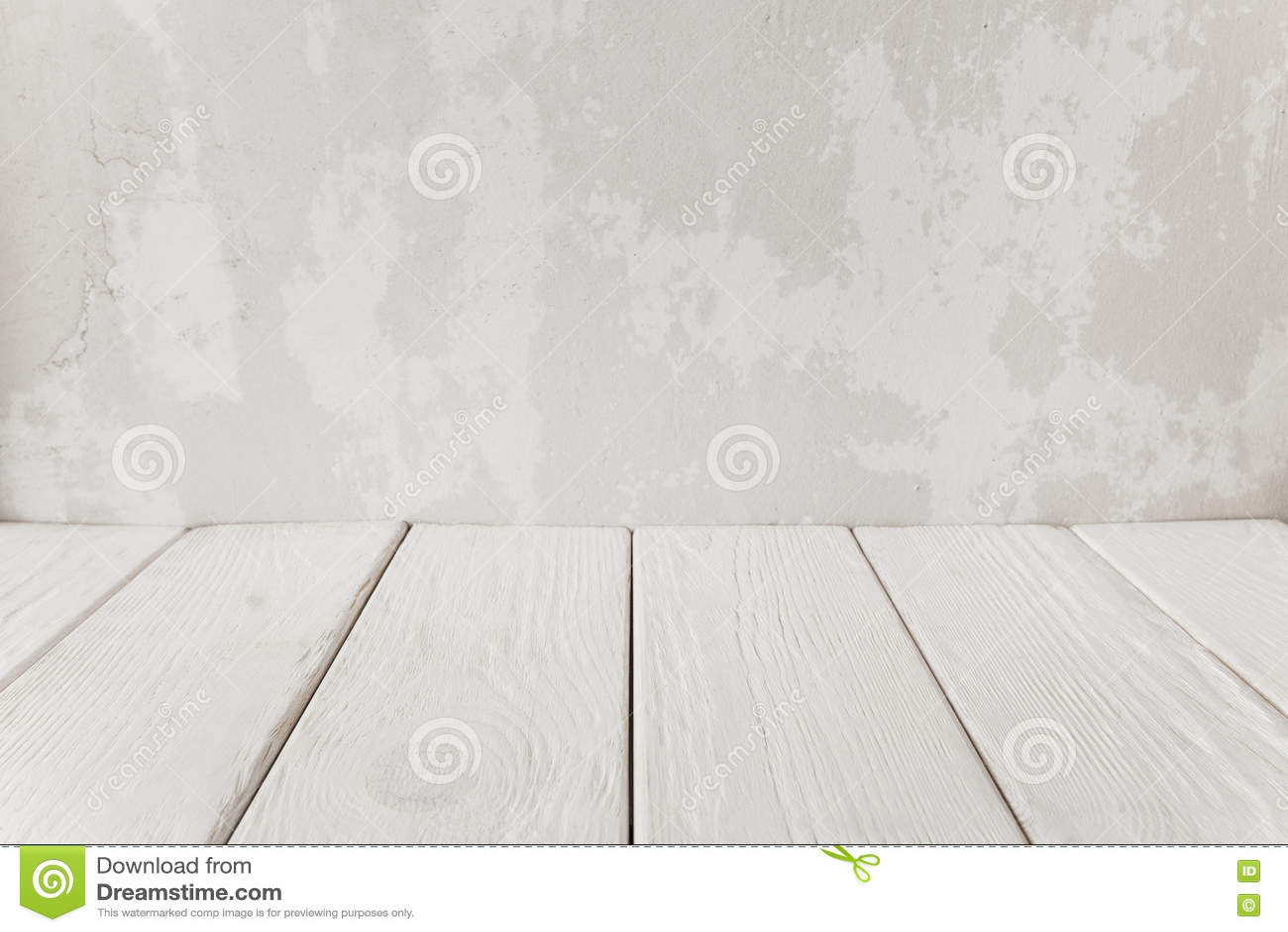 Witte Houten Vloer : Oude pleistermuur met witte houten vloer close up stock foto