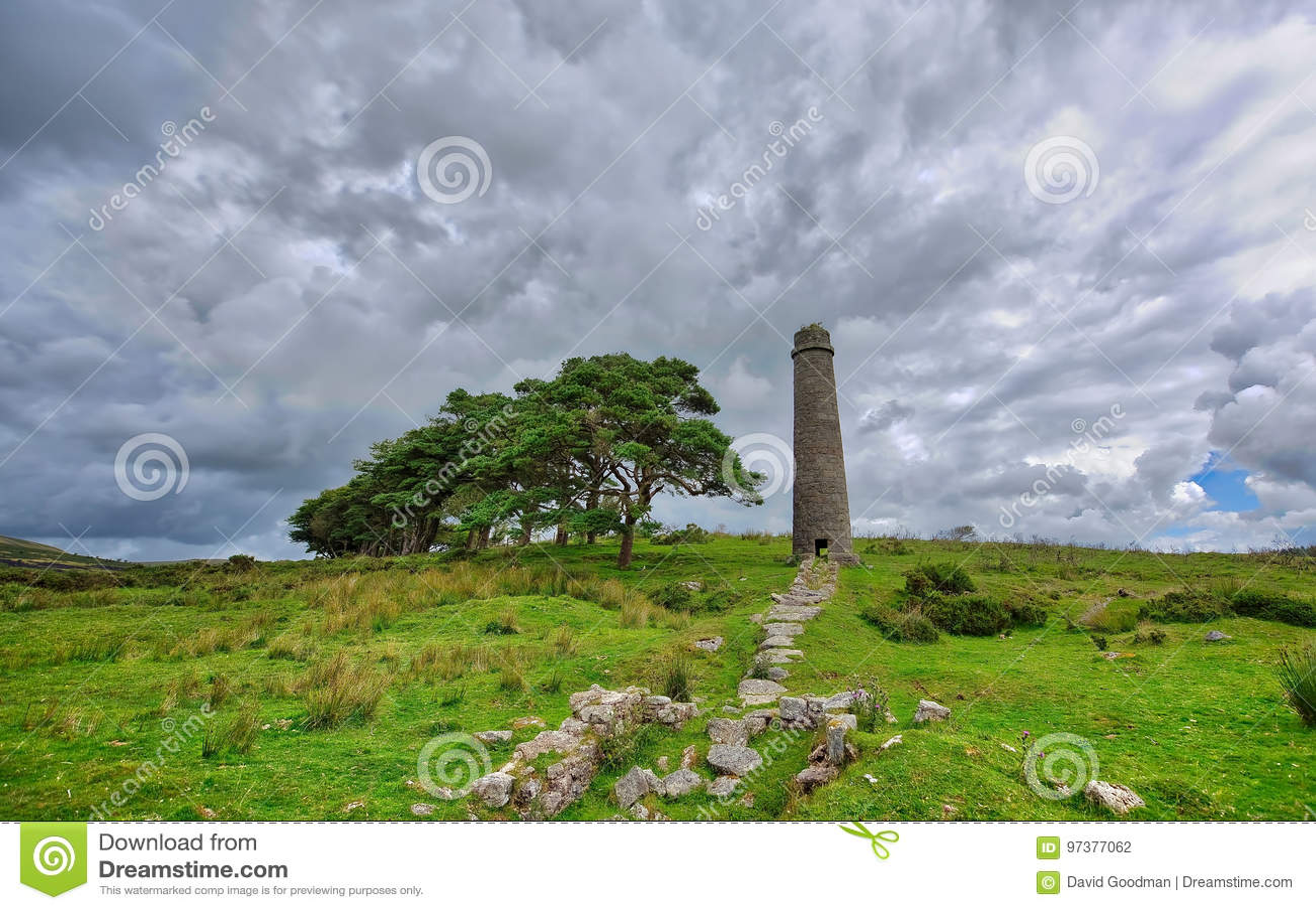 Oude Verlaten Graite Tin Mine bovenop Dartmoor in Engeland
