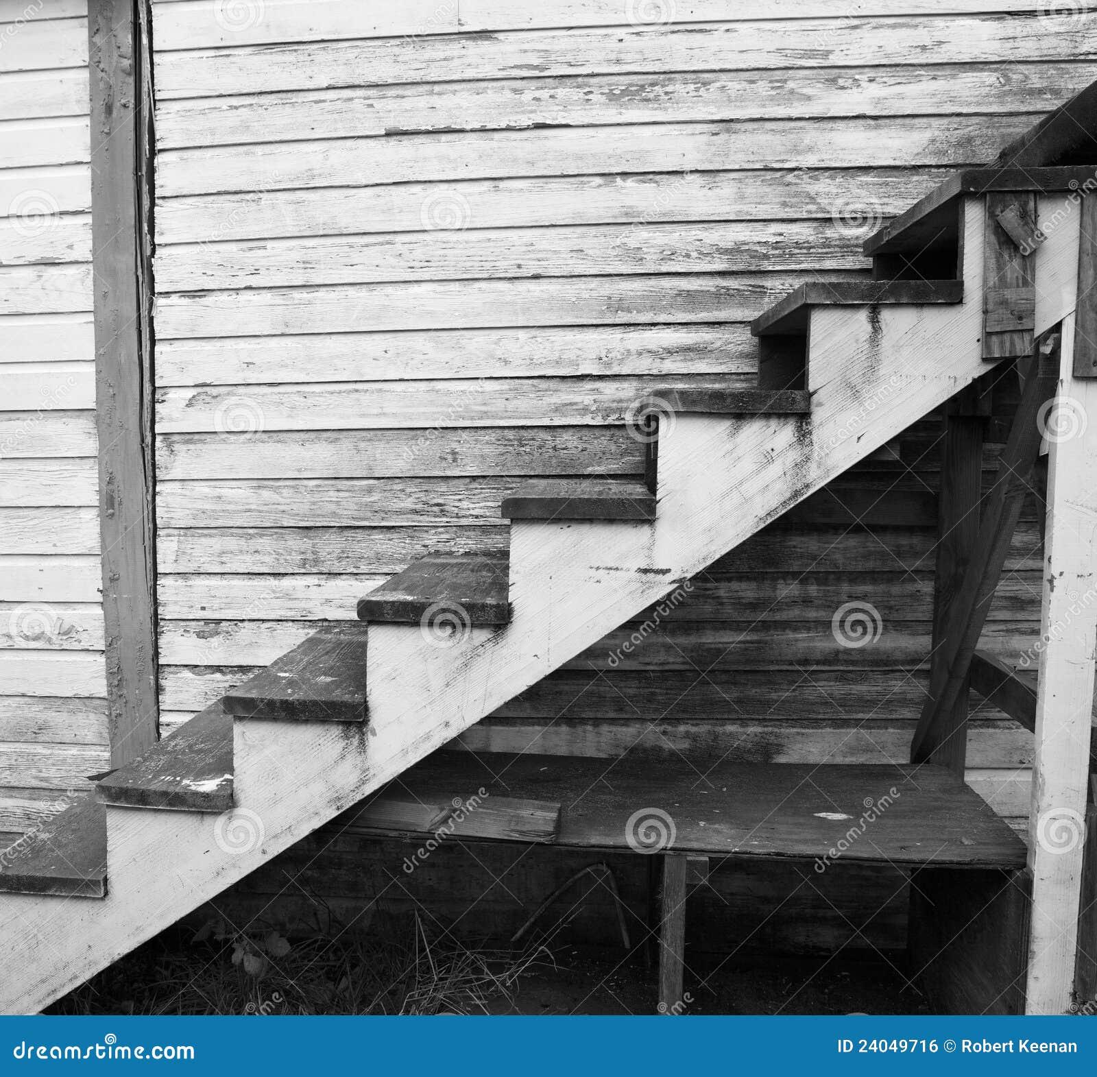 Oude versleten houten trap royalty vrije stock afbeelding afbeelding 24049716 - Renovatie van een houten trap ...