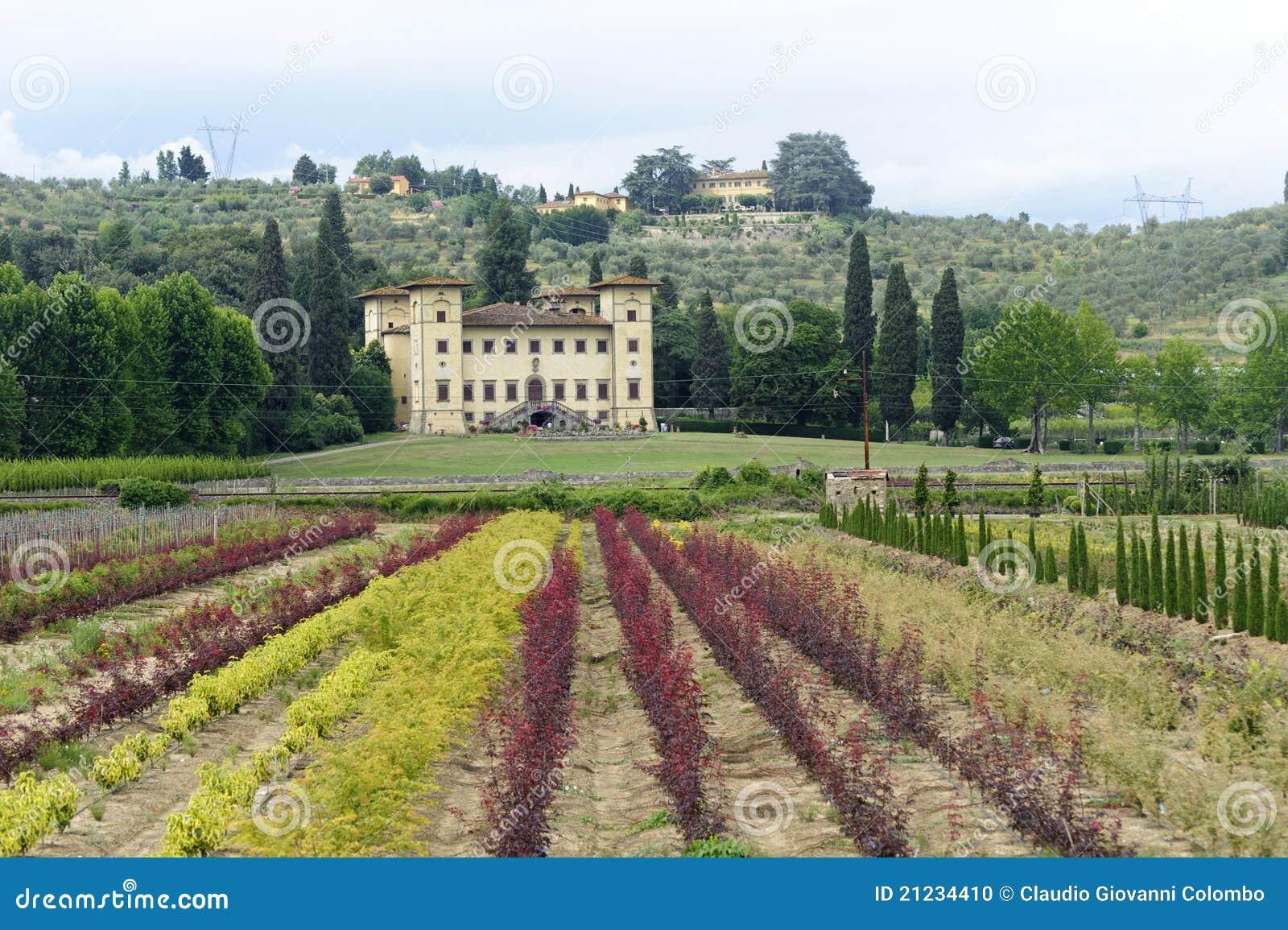 Oude villa dichtbij Pistoia (Toscanië)