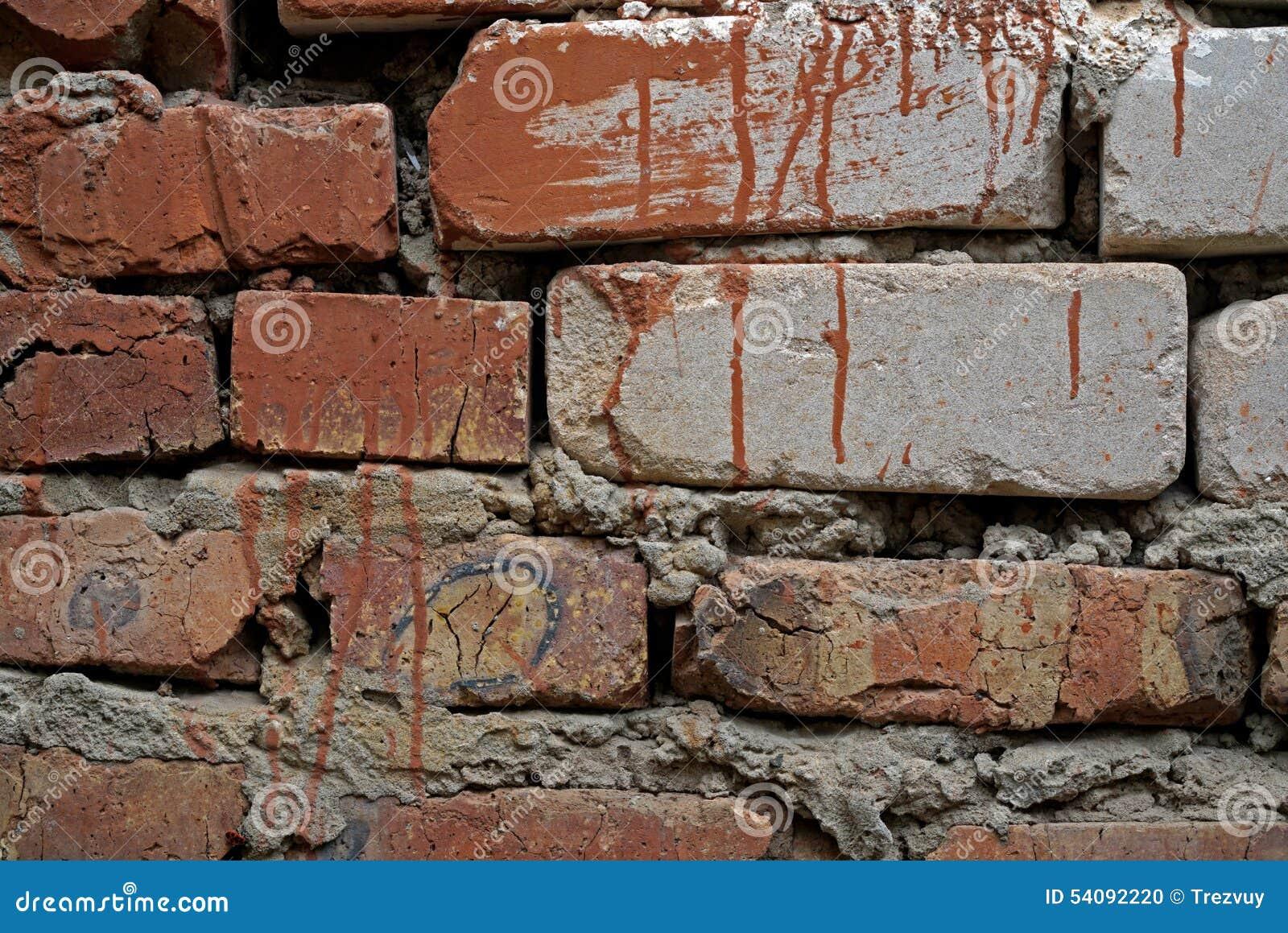 Oude witte bakstenen muurachtergrond