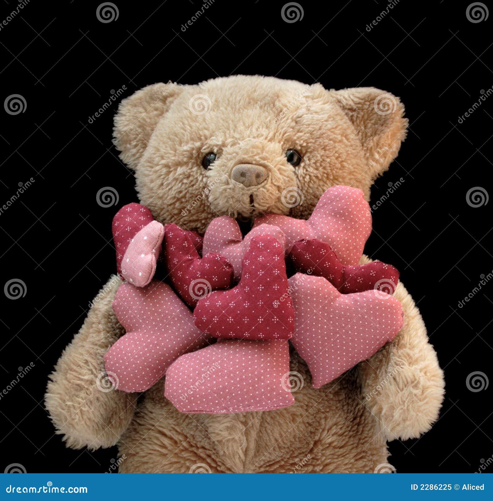 Ours de nounours avec des coeurs