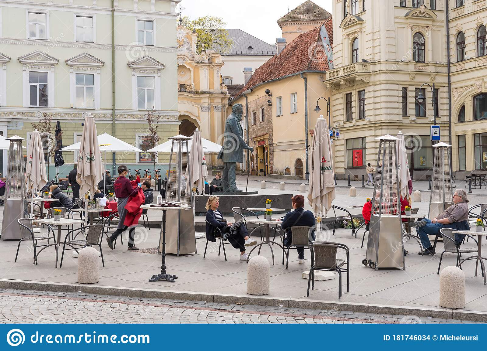 Outdoor Bar And Restaurant Vilnius Lithuania Editorial Stock Image Image Of Physical Architecture 181746034