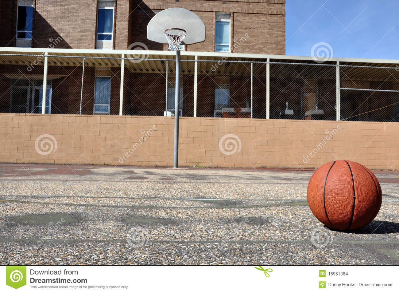Basketball court ideas home courts 95 bedroom basketball for Outdoor basketball court template
