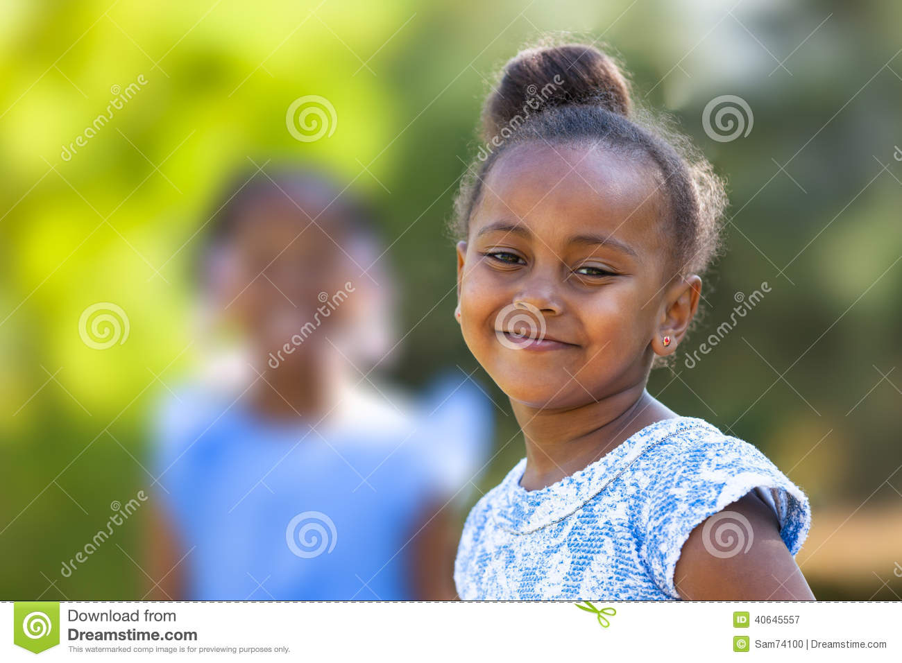 Outdoor Close Up Portrait Of A Cute Young Black Girl -6944