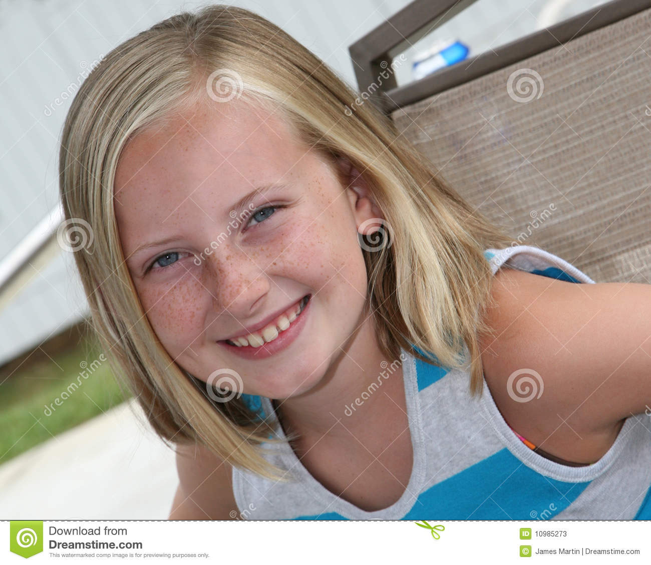 Outdoor Head Shot Of A 9 Year Old Girl Stock Image Image