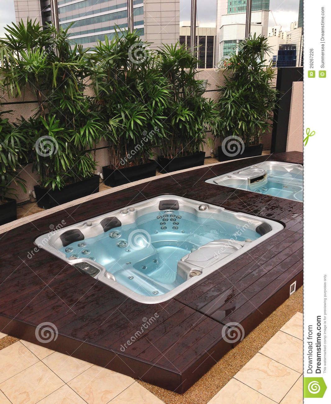 Outdoor jacuzzi in the city royalty free stock image for Jacuzzi enterre exterieur