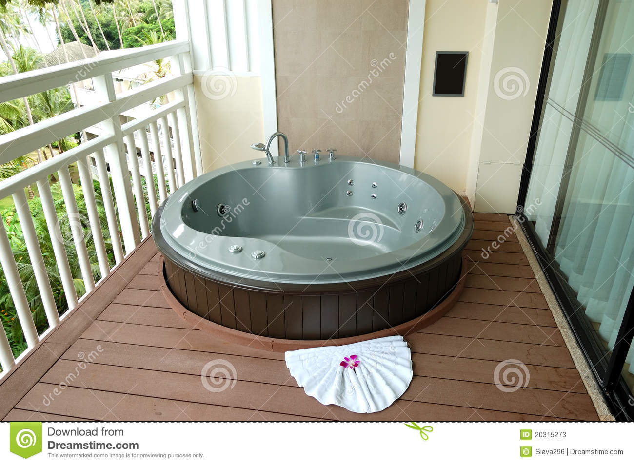 Outdoor Jacuzzi At The Luxury Hotel Stock Image Image Of Outdoor