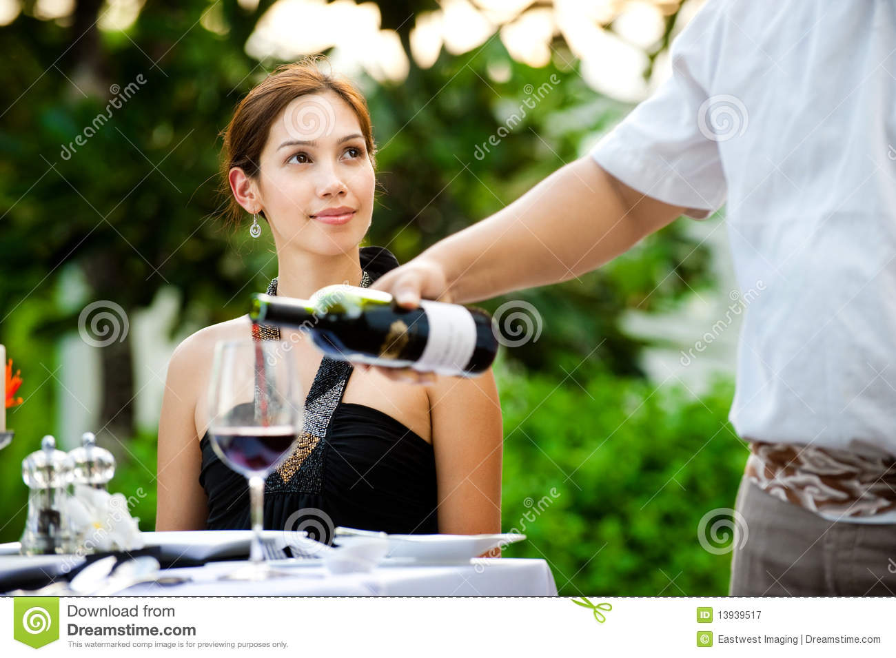 Outdoor meal royalty free stock photography image 13939517 for Meal outdoors