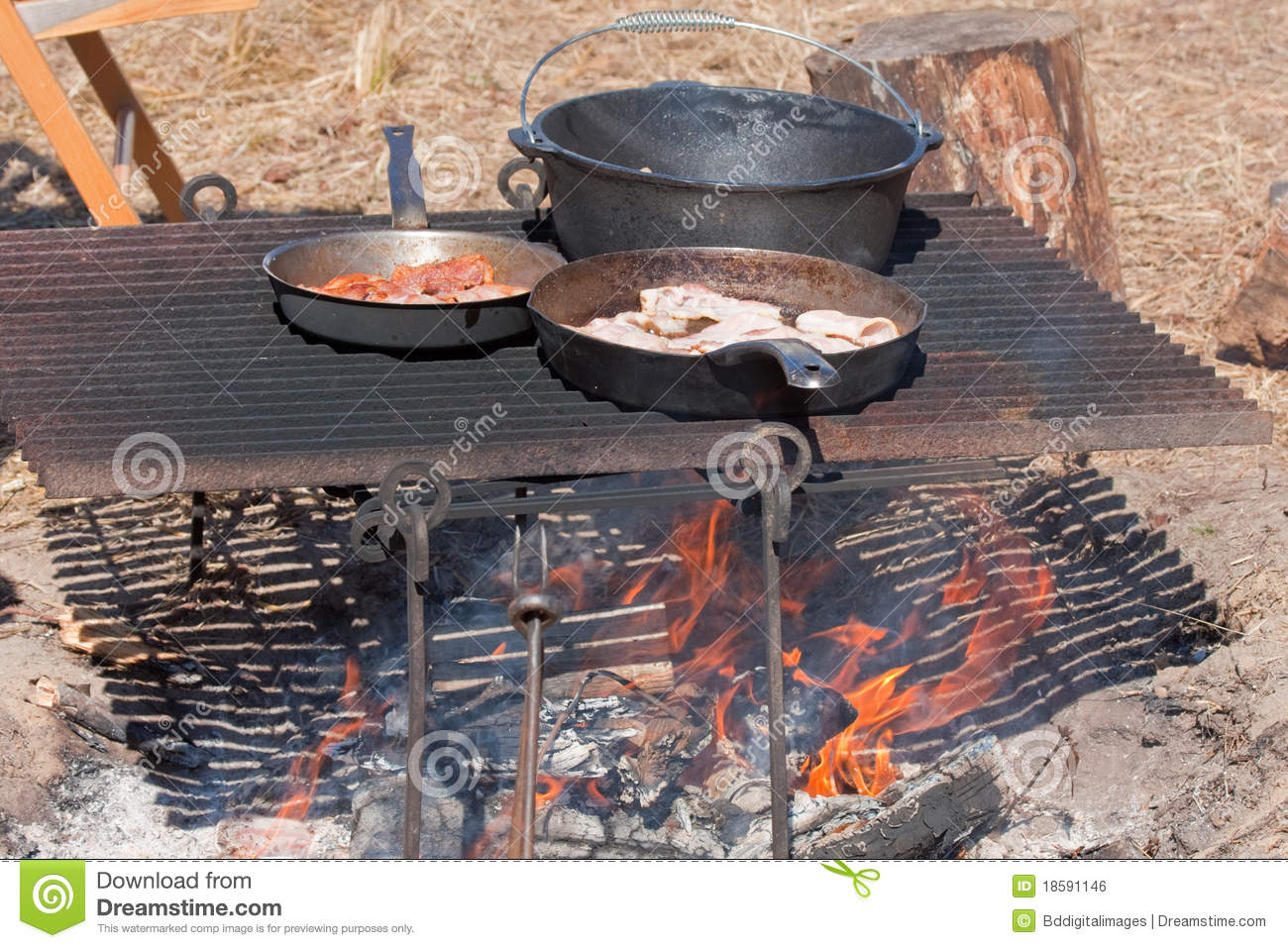 Outdoor meal royalty free stock image image 18591146 for Meal outdoors