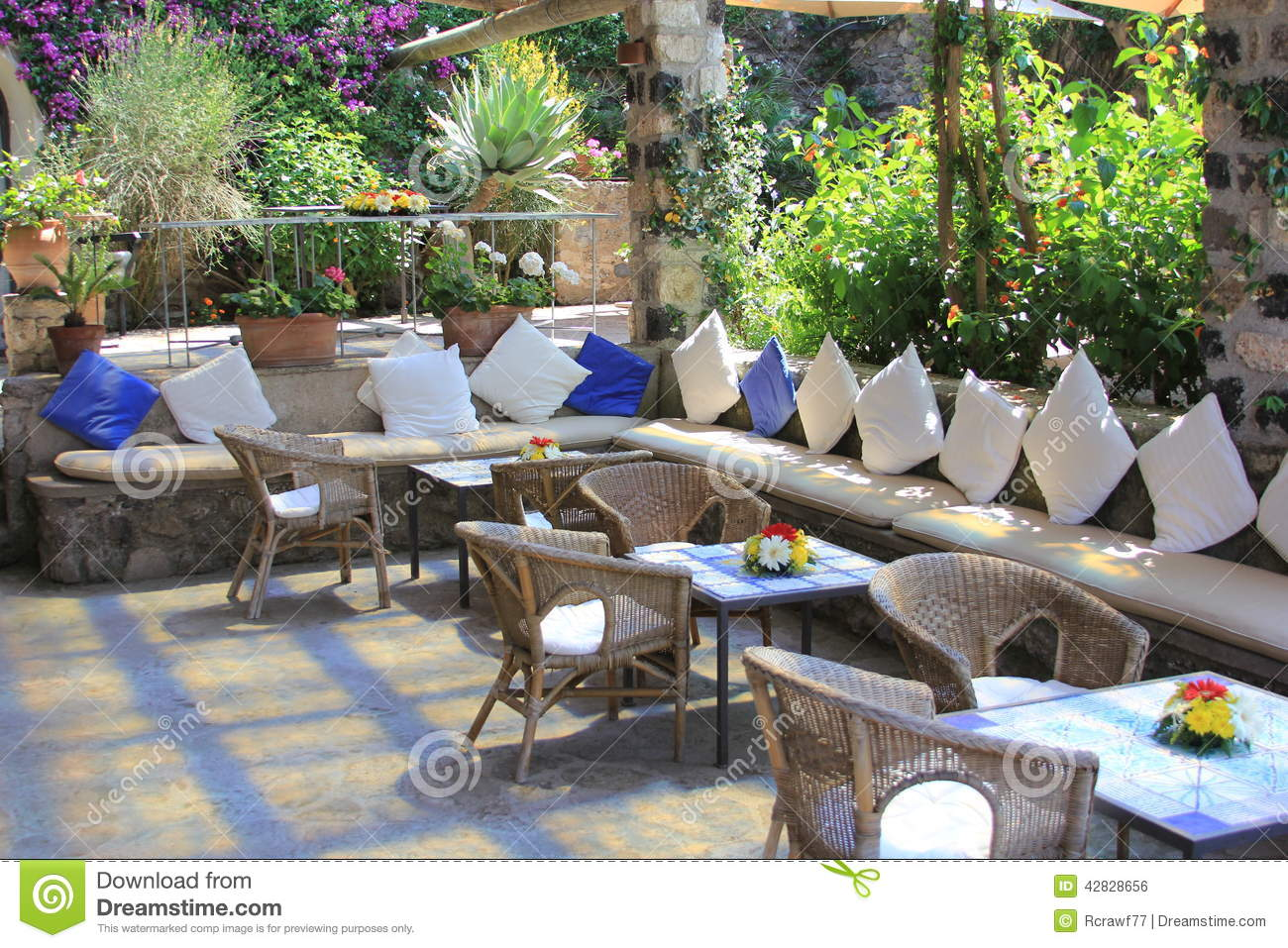 Outdoor restaurant cafe seating arrangements stock photo for Restaurants with outdoor seating