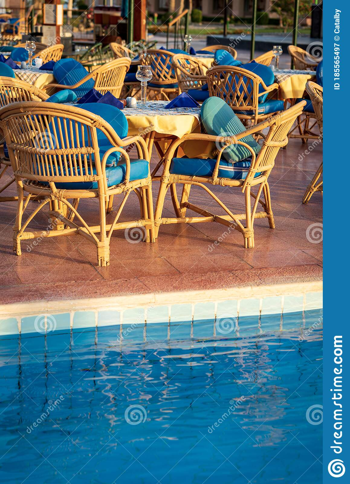 Outdoor Restaurant Poolside Set Dining Table With Wicker Chairs Stock Image Image Of Climate Patio 185565497