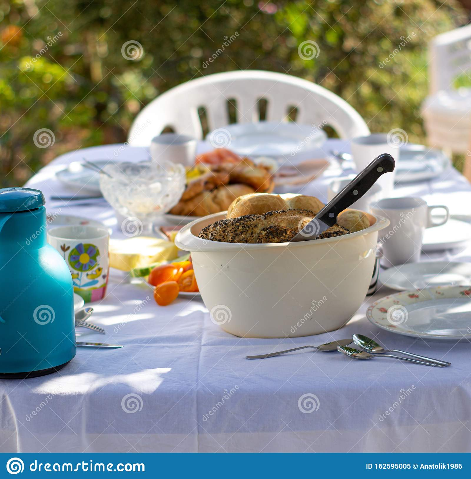 Outdoor Spring Or Summer Casual Garden Party Set Up For Lunch Dinner Stock Image Image Of Decor Nature 162595005