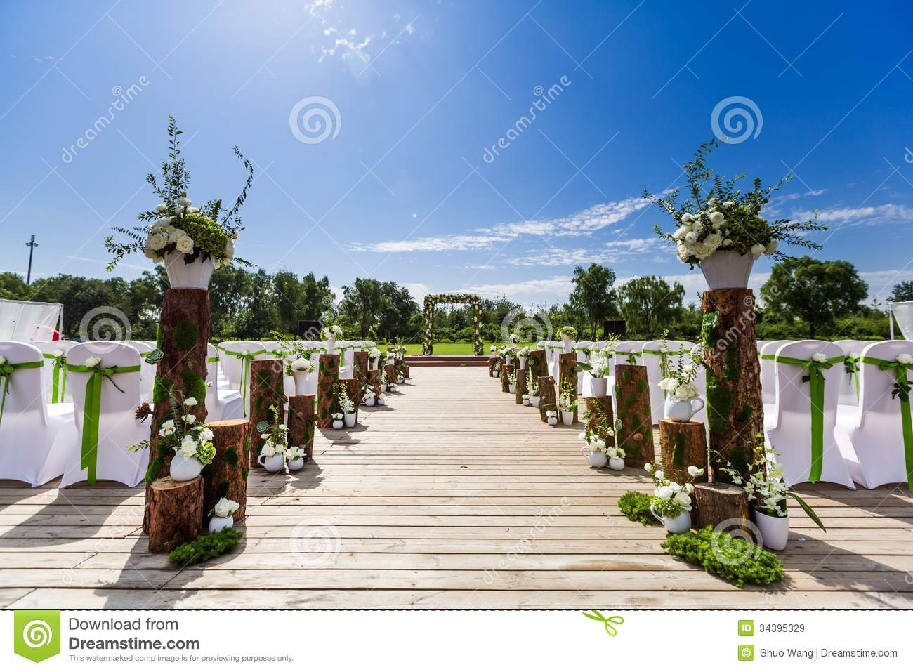 Outdoor Wedding Scene Royalty Free Stock Images - Image ...