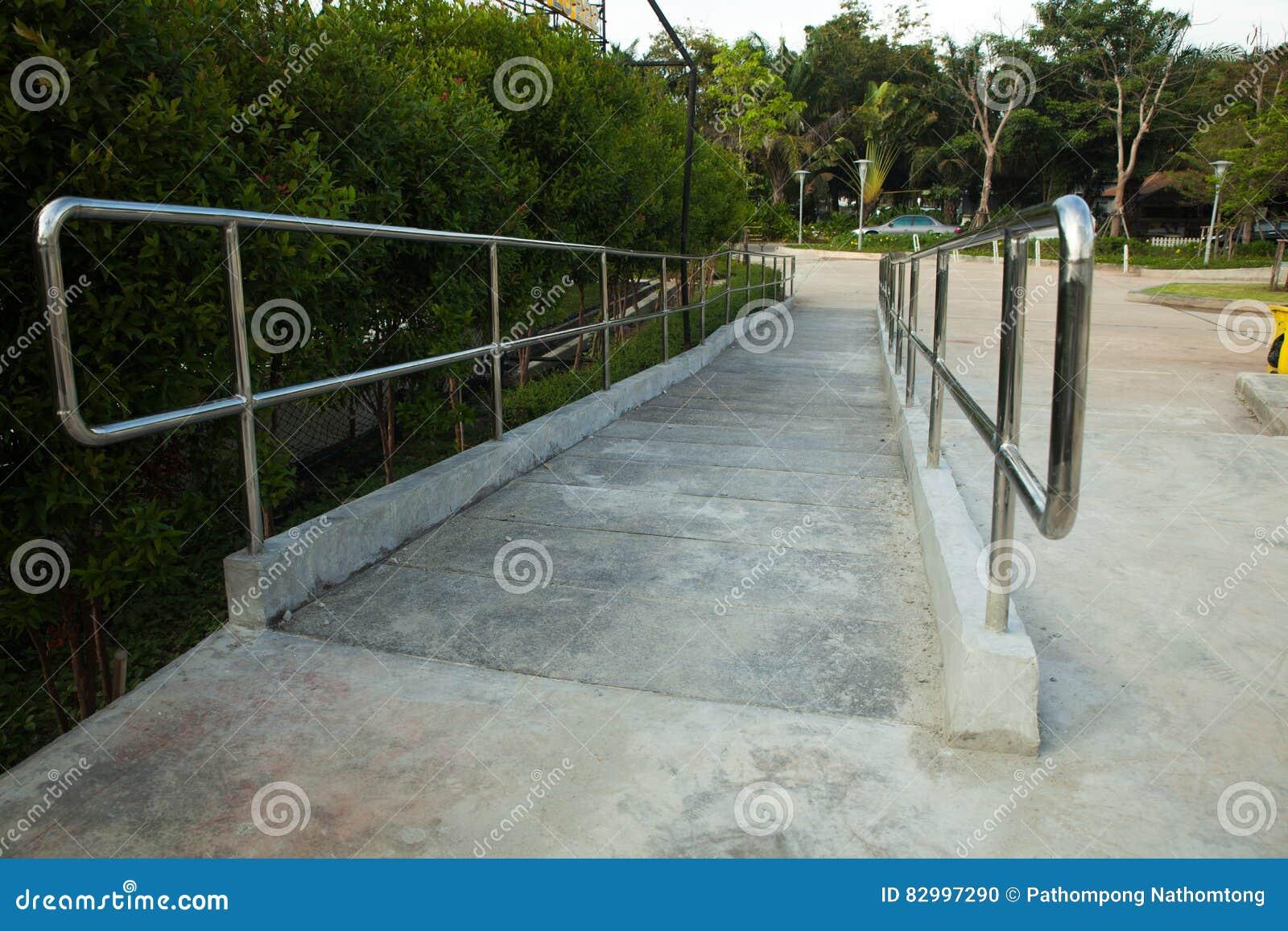 Outdoor Wheelchair Ramp