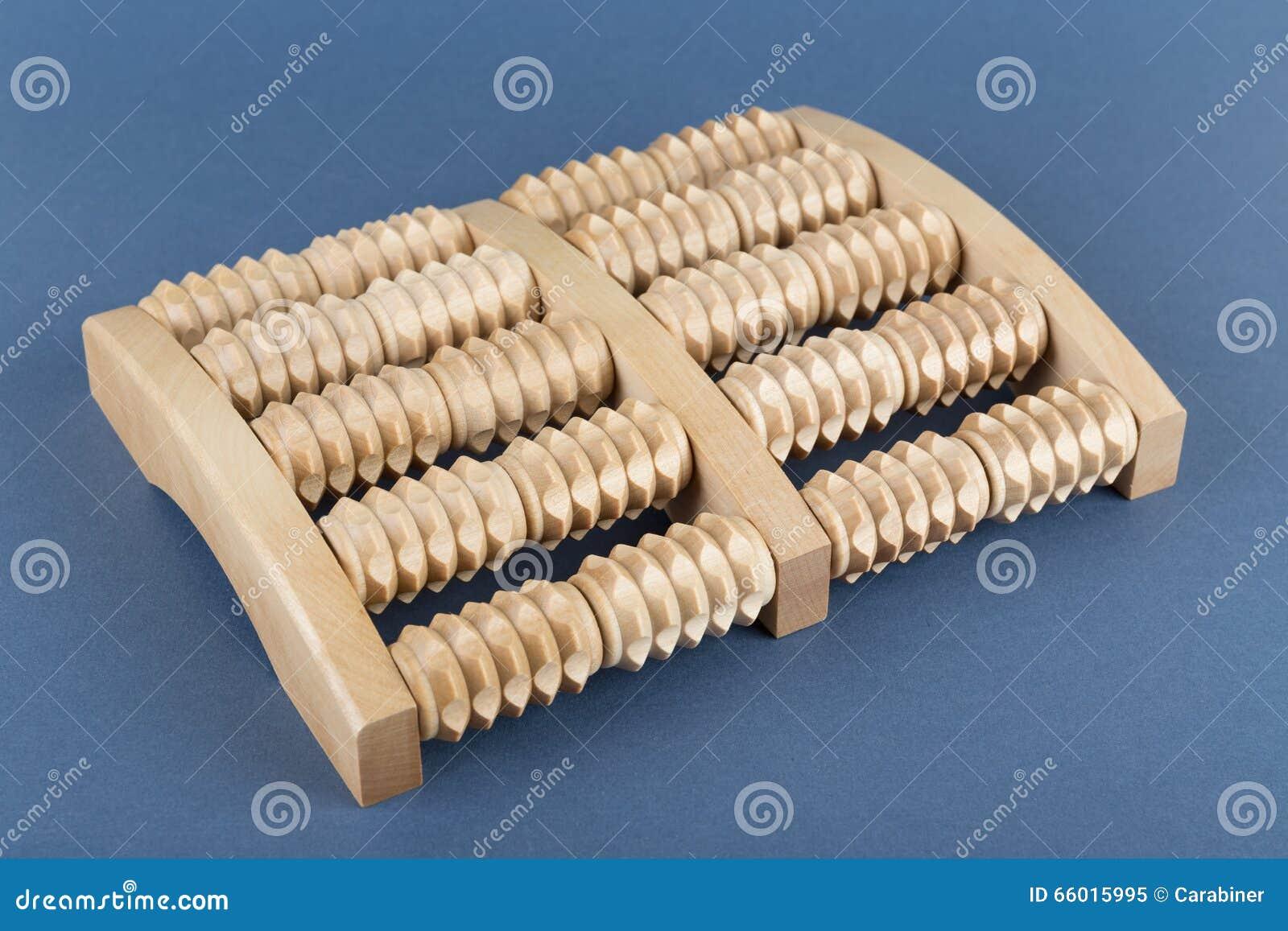 Boulier Massage Pieds Bois - Outil En Bois De Massage De Rouleau Des Pieds Image stock Image 66015995
