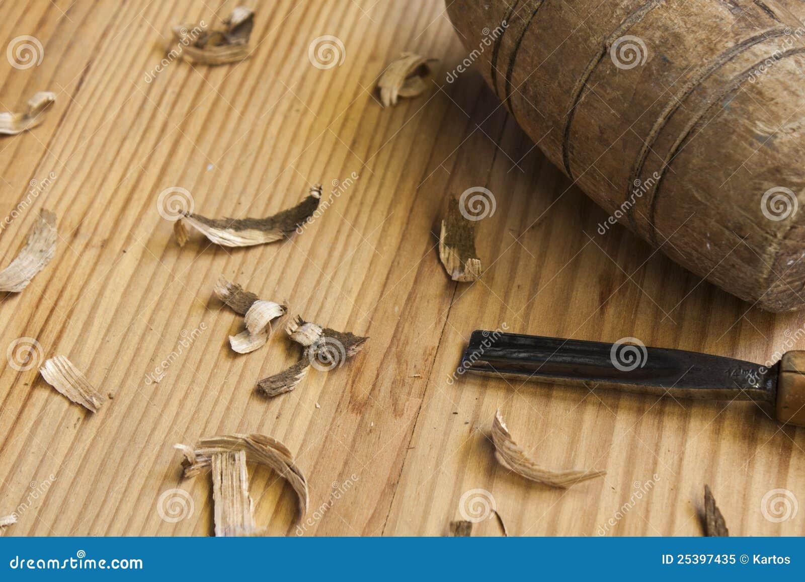 Outils de menuisier sur la table en bois photo libre de - Outil de menuisier ...