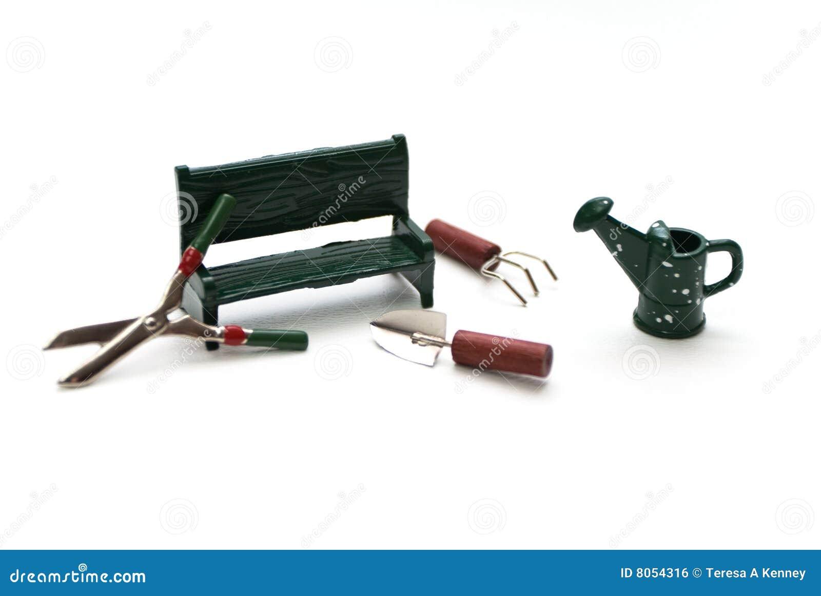 Outils De Miniature De Jardin Photo stock - Image du miniature, vert ...
