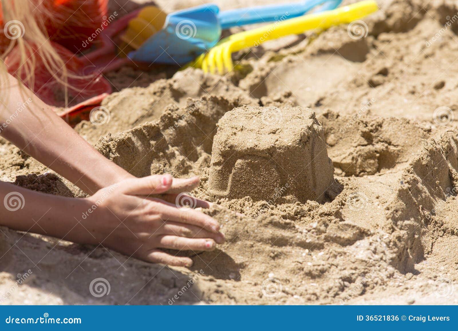 Outils de pâté de sable et de jouet