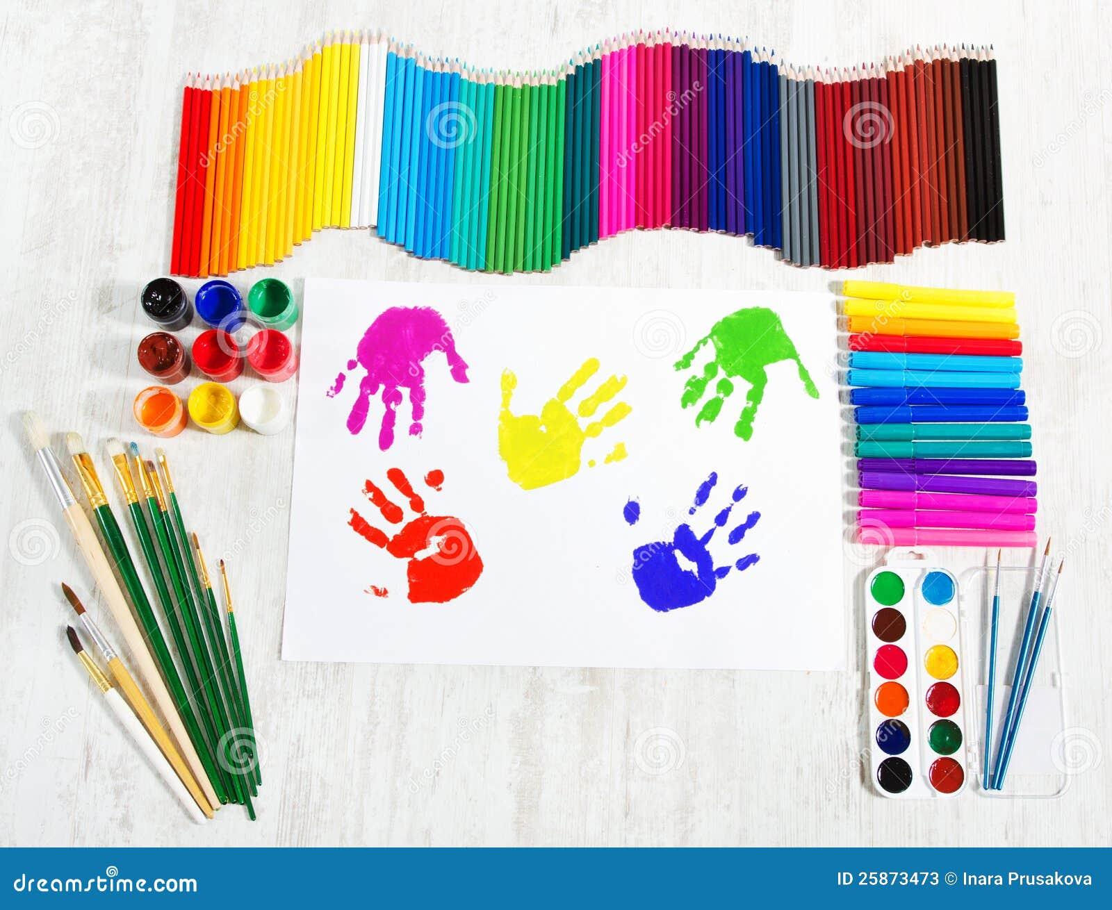 outils de peinture impressions de main d 39 enfant cr ativit photos stock image 25873473. Black Bedroom Furniture Sets. Home Design Ideas