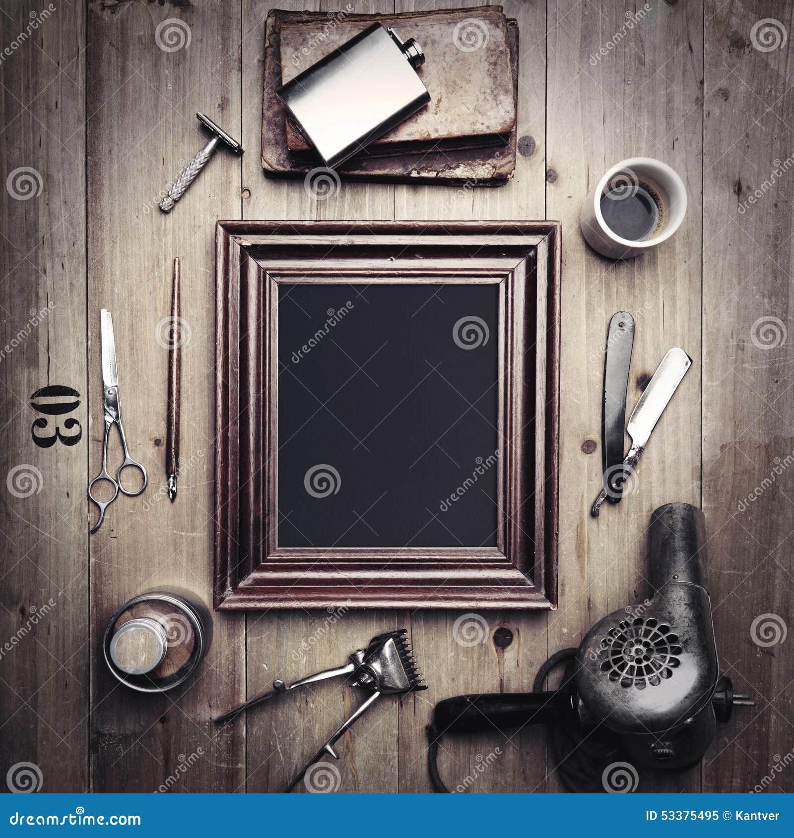outils de vintage d 39 un coiffeur avec le cadre de tableau image stock image du dessiccateur. Black Bedroom Furniture Sets. Home Design Ideas
