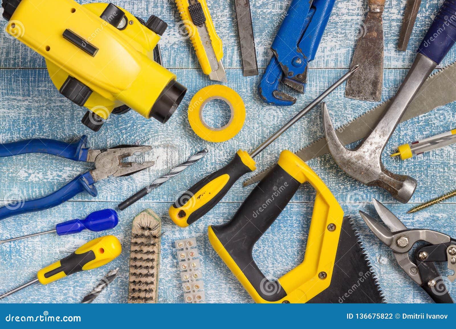 Outils et accessoires de rénovation de Chambre