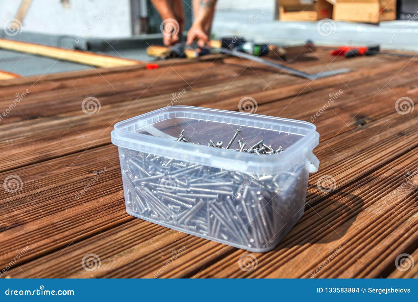 Construire Terrasse En Bois outils pour la construction d'un plancher ou d'une terrasse